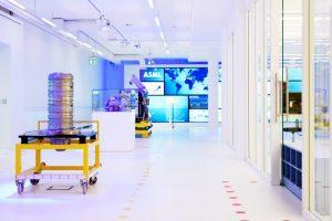 Experience-Center-Veldhoven_office_40859-300x200